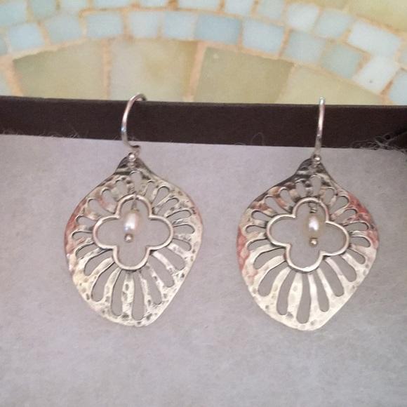Silpada Jewelry - Silpada Sterling Silver Repose Earrings